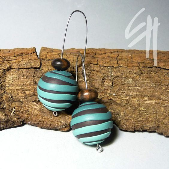 https://flic.kr/p/8KUcZA | Earings | Polymer clay jewellery ...simple stripes...my favourite color combination...