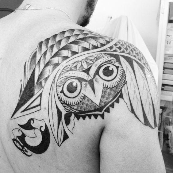 Tatuagem de coruja feita pelo mestre Edu. #tattoo #tatuagem #ink #owl #coruja