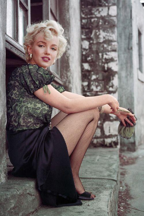 dynamovintage: Marilyn Monroe by Milton H Green, 1956