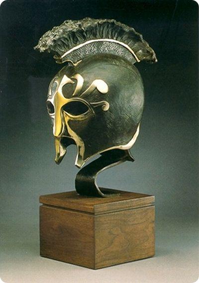 Etruscan parade helmet
