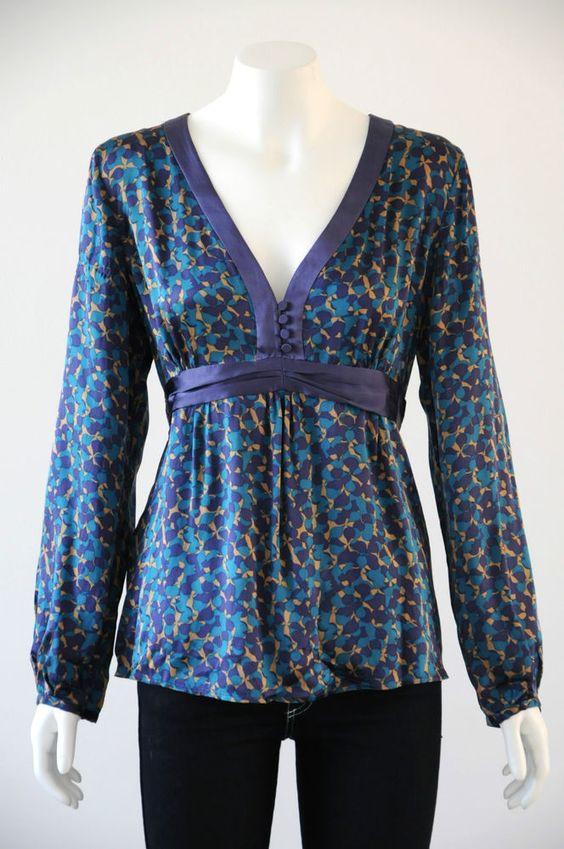 David Lawrence  Women s 100% Silk Long Sleeve V-Neck Blouse {Size L / 14}