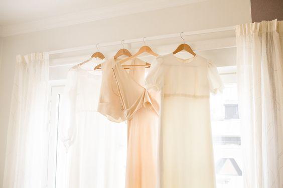 Vintage wedding gowns  I  Petra veikkola Photography   www.petraveikkola.com #vintageweddinggown #weddingphotographer