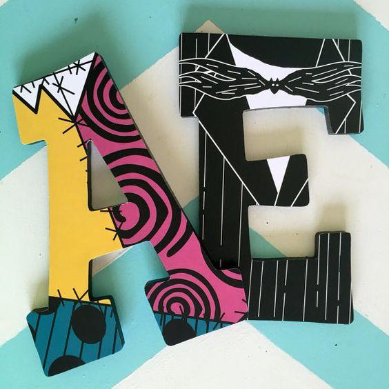 Custom decorada Letras de madera pesadilla por NiftyNancyDesigns: