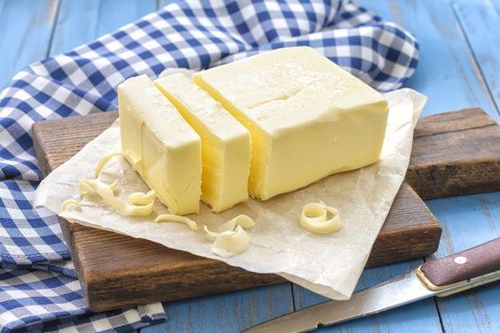 Manteiga sem sal é muito mais legal!   Comendo com os Olhos
