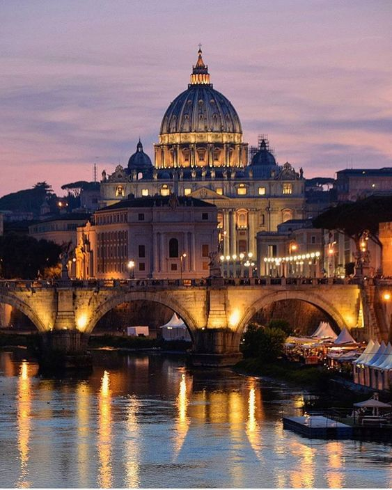 Take our photo passeggiata through the Eternal City with Instagram pictures of the most beautiful sights and monuments.