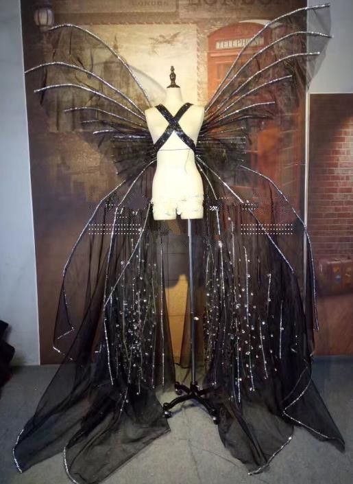 Model Feather Butterfly Dance Costumes Popular Ostrich Feathers Fancy Costume Stage Drama Costumes Angel Wings Par Burlesque Dress Fancy Costumes Feather Dance