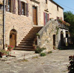 Gîte n°8025 Ref. : 8025 | à Broquiès - Aveyron
