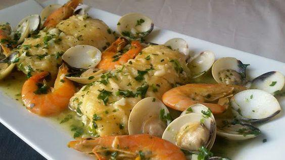Te traigo recetas de pescado muy fáciles. Se preparan de forma rápida y el resultado es una delicia. Con todas estas recetas verás cómo una merluza, unas gambas, bacalao o incluso unas sencillas sardinas, se convierte en plato de lujo. Son guisos tradicionales en unos casos y atrevidos en otros....