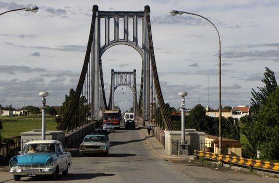 Puente colgante Hipolito Yrigoyen - Necochea