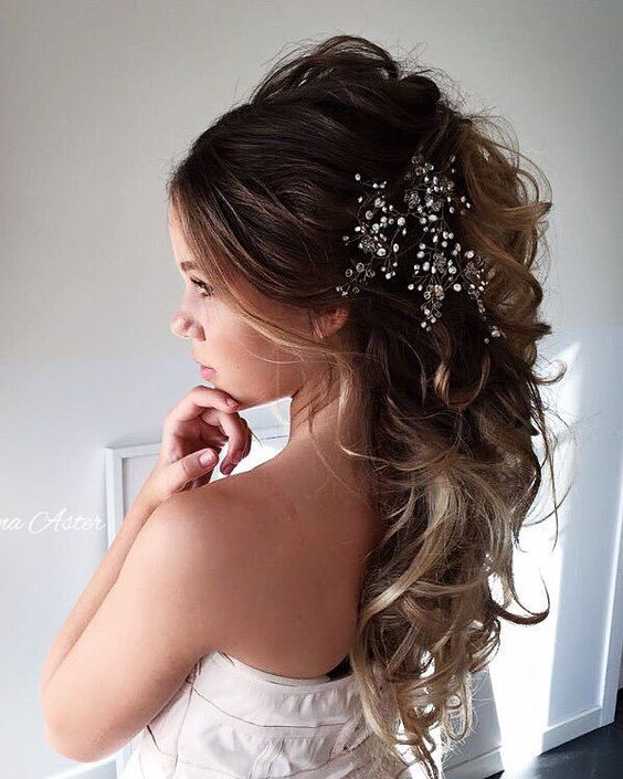 Ulyana Aster Long Bridal Hairstyles for Wedding_08 ❤ See More: http://www.deerpearlflowers.com/long-wedding-hairstyleswe-absolutely-adore/