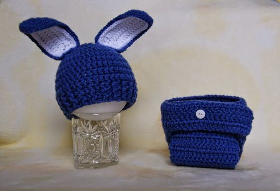 """""""Świat Misiowej Czapki"""" - """"Teddy's Hats World"""": klasyczny królik - coś dla chłopczyka.... i nie ty..."""