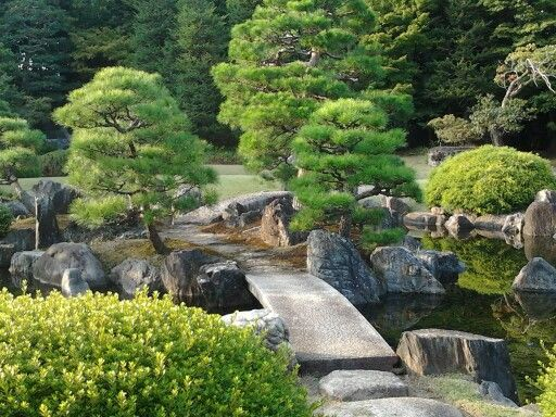 October 2012 typical Japanese garden