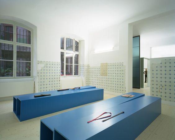 am2 andreas murkudis pierre jorge gonzalez judith haase atelier architecture scenography. Black Bedroom Furniture Sets. Home Design Ideas