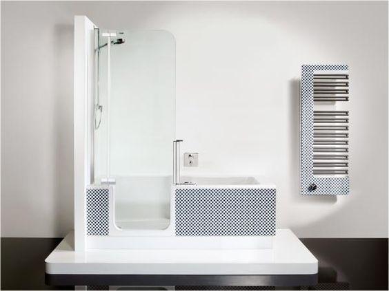 """Komfortable Dusche mit niedrigem Einstieg und vollwertige Badewanne in einem – das ist """"Twinline 2"""", ca. 4000 Euro (Artweger)."""