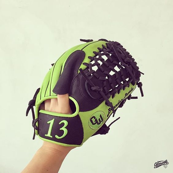 Build your custom glove at gloveworks.net and bring it home! #baseball #softball #sports #sportsgear #equipment #glove #baseballglove #野球 #野球グローブ