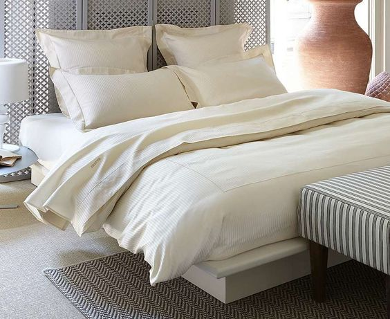 A staple at five-star hotels, our exquisite Hotel Charme Collection from Frette weds traditional charm with a modern sensibility.: Adobe Bedrooms, Bedrooms Vanities, Exquisite Hotel, Bedrooms Linens, Blanqueria Bedrooms