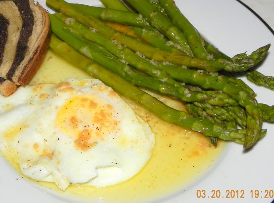 Black Butter Sauce over Steamed Asparagus