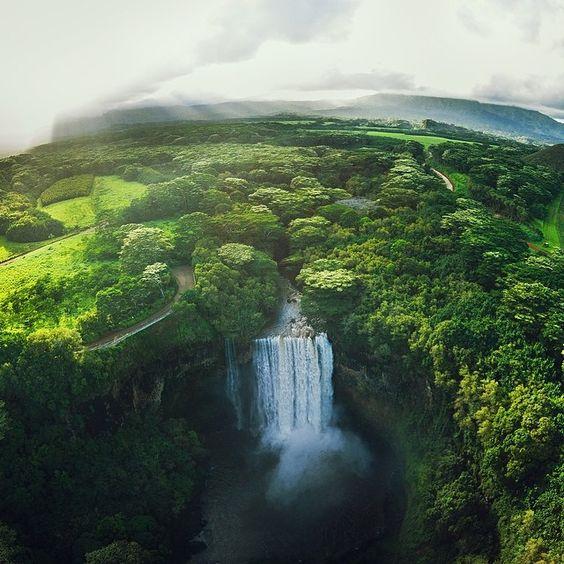 https://flic.kr/p/nNiF49 | wailua falls, from the flying camera. (@djiglobal phantom vision 2 + @litely) | by colerise ift.tt/1hQJpFv