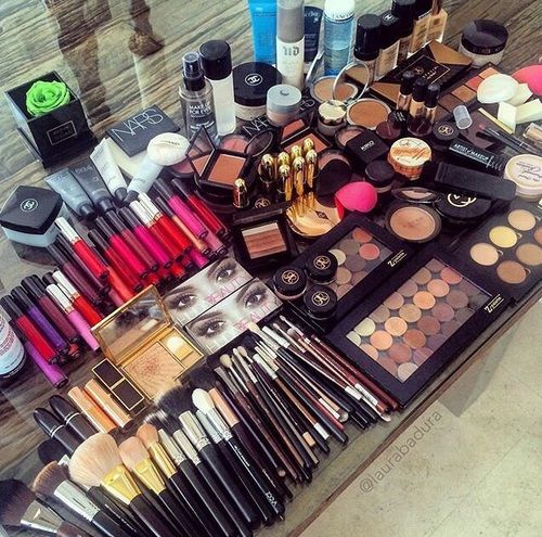 Imagem de love, make up, and chanel