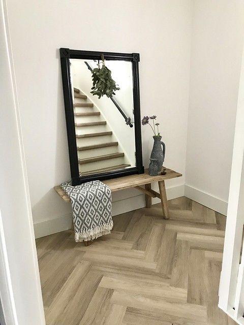 Hedendaags Binnenkijken bij Tineke   Hal bankje, Hal spiegel, Hal decor DN-35