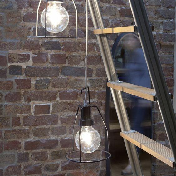 Image of Lampe Walker