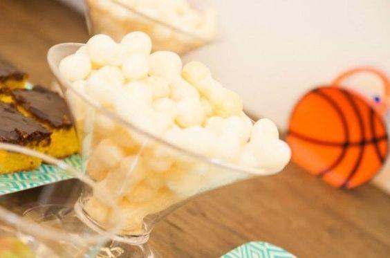 Biscoitos de polvilho para festa infantil, afinal, os pequenos gostam!