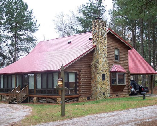 Traditional Mountain Cabin Design Pictures Remodel Decor And Ideas Page 48 Red Roof House Roof Design Red Roof