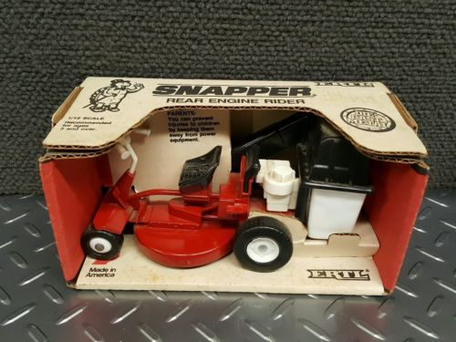 snapper riding mower 1:16 Scale diecast lawn toy riding rear engine tractor ERTL https://t.co/LOUUEMdAZD https://t.co/KLYg9sPKRc