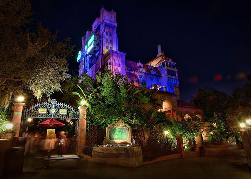 hollywood tower hotel