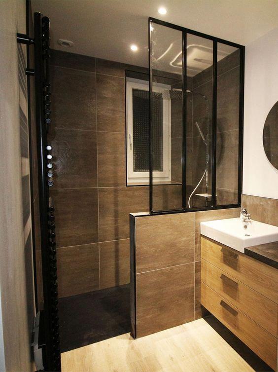 Salle de bain tendance avec verrière et douche à l\'italienne ...