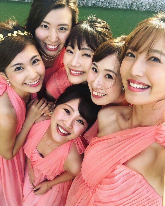 ピンクドレスの小澤陽子