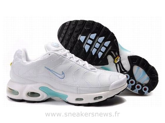 Chaussures de Nike Air Max Tn Requin Homme  Blanc et Clair bleu Tn Homme Pas Cher