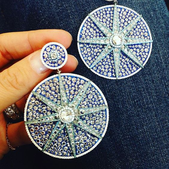 Porto Cervo earrings now in total blue , Spiga Uno and Why not Sky #earrings#titanium#light#diamonds #finejeweley #highjewelry #qatar#newyork #hongkong#portocervo#milano#spigauno#viadellaspiga#whynotsky @whynotsky