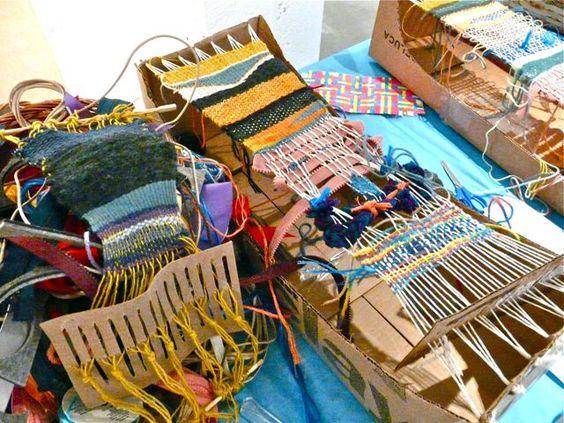 Weaving on a box loom