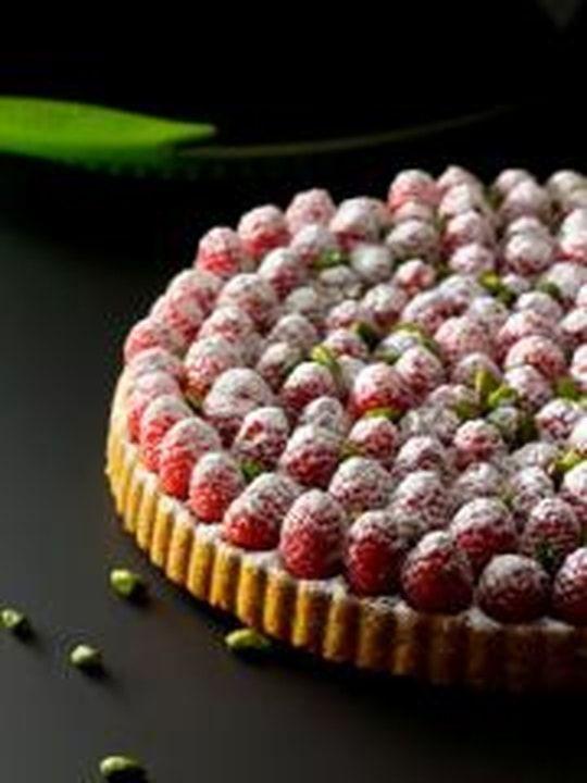 - Biscuit pistache aux framboises du jardin