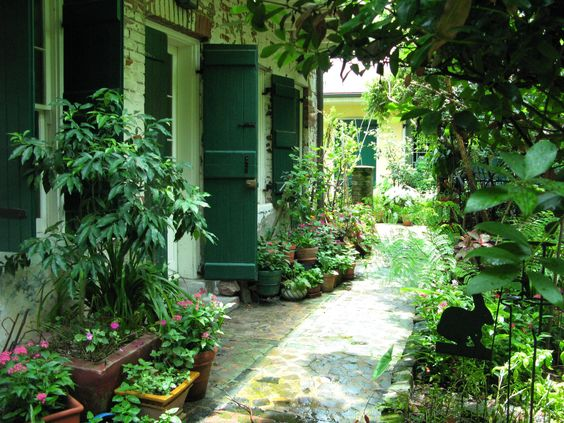 French quarter courtyard 002 new orleans pinterest for French courtyard garden ideas