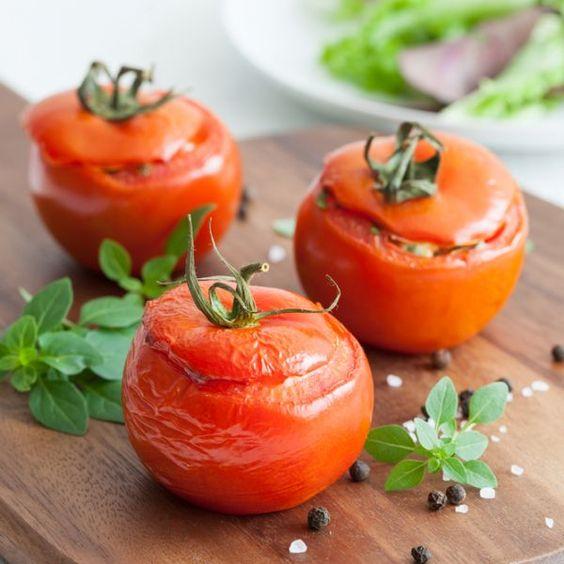 Veja esta de Receita de Tomates Recheados. Esta e outras deliciosas receitas no site de nestlé Cozinhar.