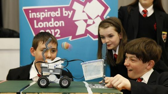 The London 2012 Inspire programmeencourages groupsto do something special in their local communities, and has delivered over 2,500 grass roots projects.