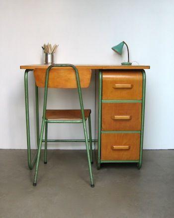 Bureau vintage kinderkamer