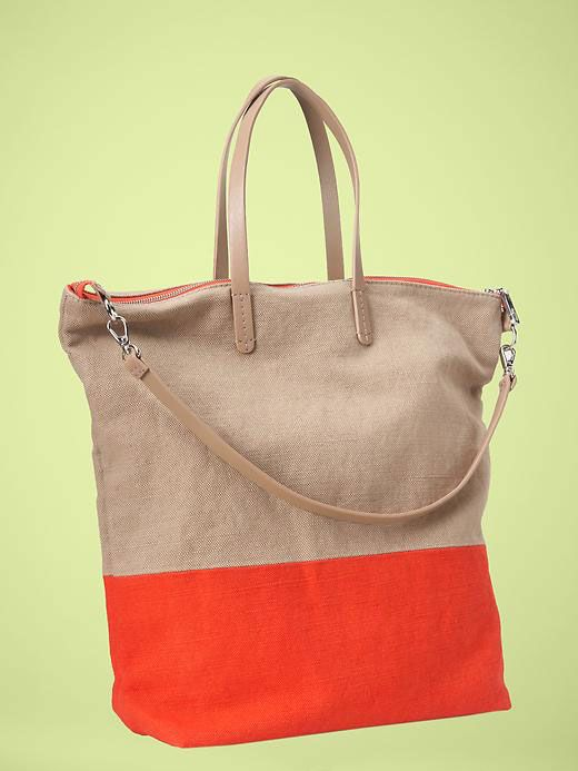 Gap Colorblock tote, $44.95. Shop: http://www.styleite.com/retail/colorblocked-accessories/#