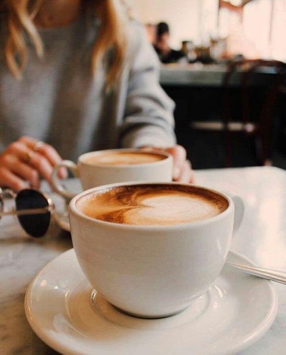 Preciso, amanhã acordarei e comprarei 1 kg de café solúvel e me drogarei de tal.