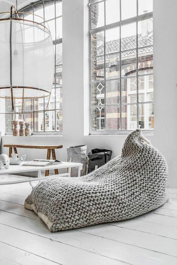Wohnzimmer Einrichtungsideen Weiss ~ relaxliegen wohnzimmer gehäkelt holzboden rustikale einrichtungsideen