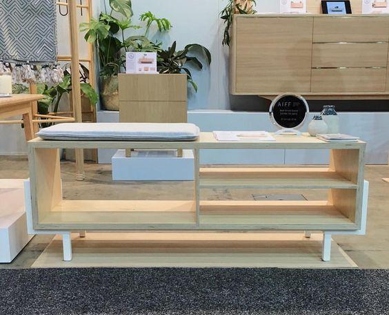 Felix Furniture : Photo
