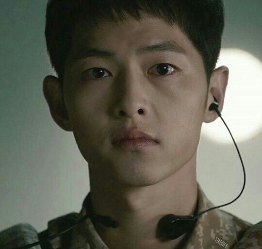 Song Joong Ki- the thank god she's not hurt look.