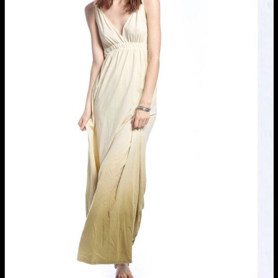 Organic cotton ombré Maxi dress Made from 100%organic cotton. This beautiful ombré maxi is made In Hollywood, CA. In like new, excellent condition. Gypsy 05 Dresses Maxi