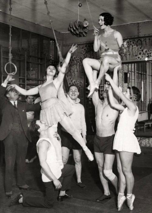 Acrobats training in Paris, 1930  viaholdthisphoto