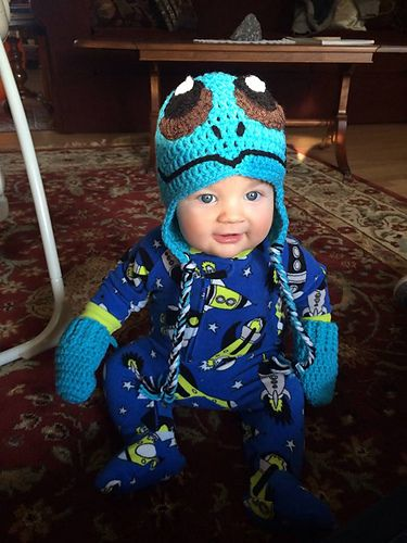 Ravelry: Crochet Squirtle Hat pattern by Megan Unay