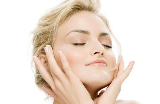 Bôi kem ngày và đêm giúp da bạn khỏe hơn