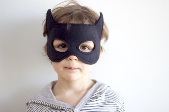 Make your little Batman a cute little Halloween mask using this free printable!