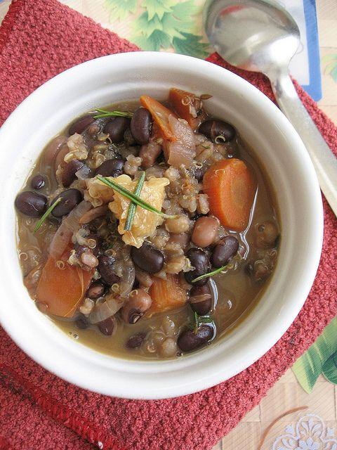 Roasted Garlic Black Bean Stew ~ Teczcape-An Escape to Food
